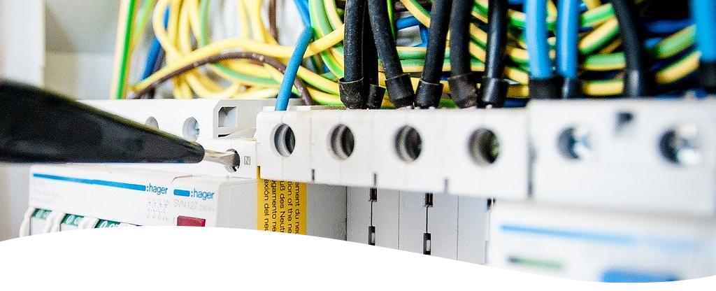 slider-electricite-hebert-elec-table